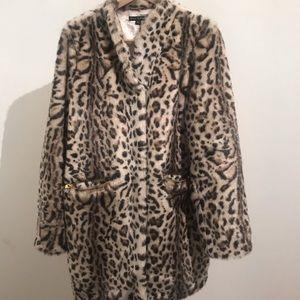 Via Spiga leopard/cheetah faux fur 3/4 jacket L